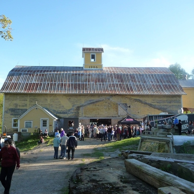 Classic Vermont Barn Dance